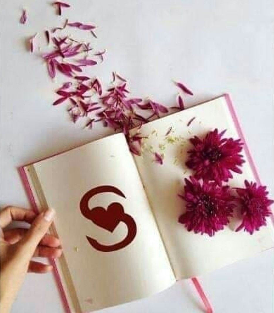 Image Shared By Naina Find Images And Videos About Heart Flower And Book On We Heart It The App To Get Lo S Letter Images Alphabet Images Stylish Alphabets