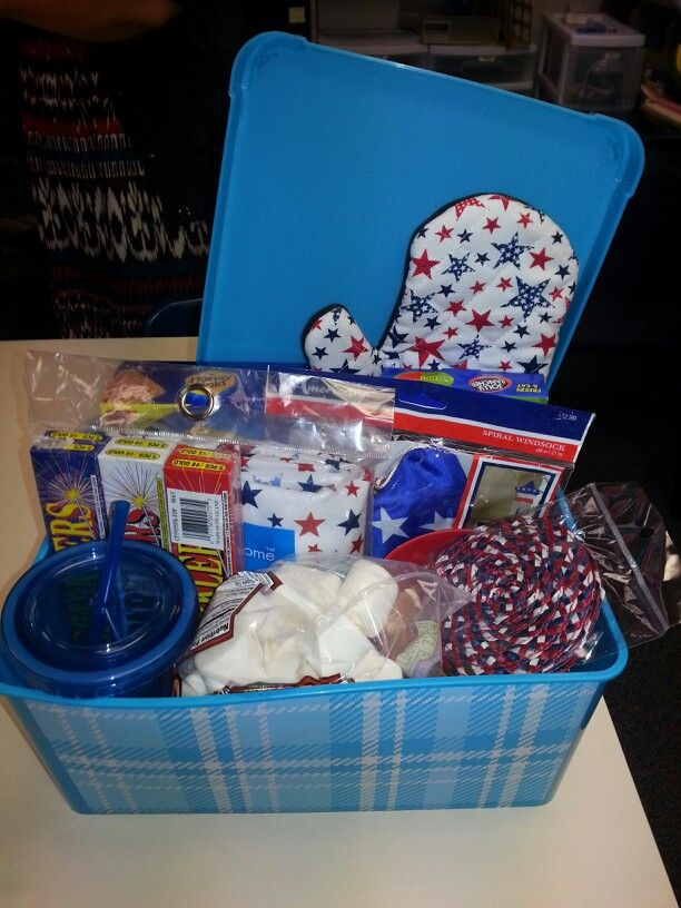Pin By Brianna Thomas On Gift Baskets Secret Sister Gifts Secret Pal Gifts Secret Pal