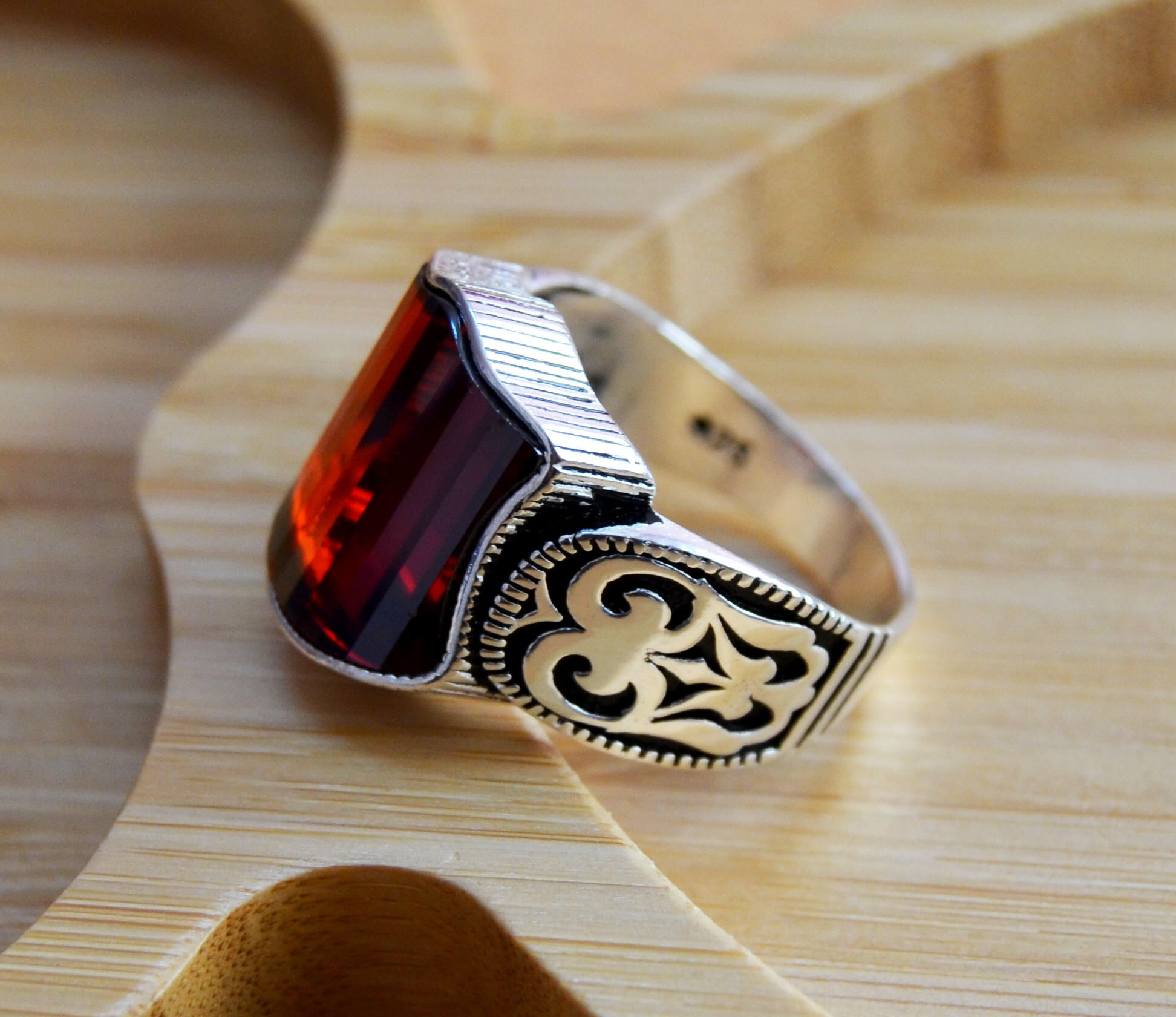 Unique Men Handmade Ring,925 Sterling Silver Ring Oval Star Ruby Ring Ottoman Men/'s Ring Ruby Silver Men Ring Outstanding Gift.