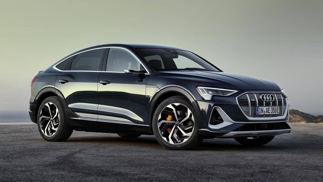 The Audi E Tron Sportback Has Exceedingly Clever Headlights In 2020 Audi E Tron Audi E Tron