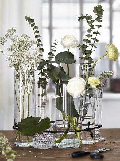 For A Modern Twist On The Traditional Flower Arrangement