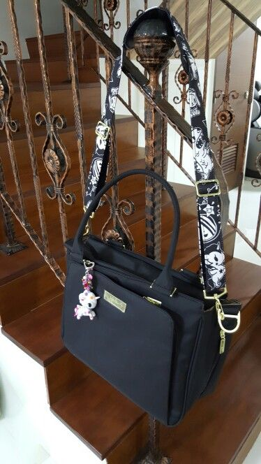 Legacy Collection Messenger Strap Ju-Ju-Be The Monarch