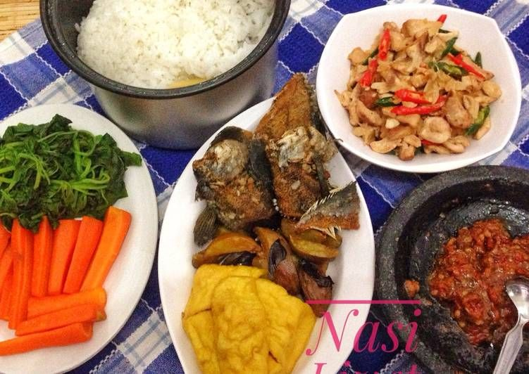 Resep Nasi Liwet Komplit Oleh Dewi Lina Faidah Resep Resep Masakan Indonesia Resep Masakan Makanan Dan Minuman
