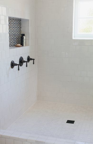 Can T Afford To Retile The Entire Bathroom Add Some Colorful Tile To A Small Nook For A Pop Of Color In An Tile Trends Bathroom Inspiration Bathroom Makeover