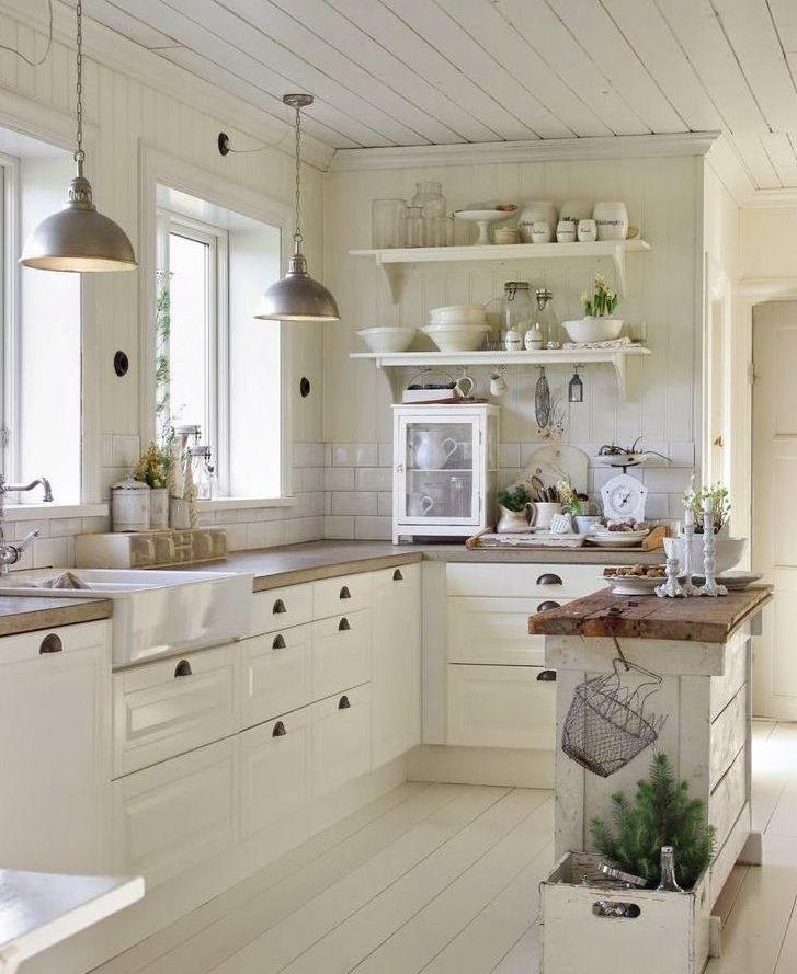 Jasna Kuchnia W Stylu Prowansalskim Farmhouse Kitchen Design Country Kitchen Kitchen Inspirations