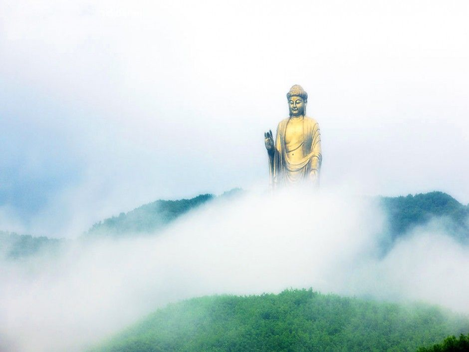 Spring Temple Buddha (Lushan County, Henan, China) The Spring Temple Buddha is the single tallest statue on the planet at a height of 128 meters (420 feet). A Buddhist monastery can be found beneath the statue, which is built from roughly 1,100 pieces of copper cast.