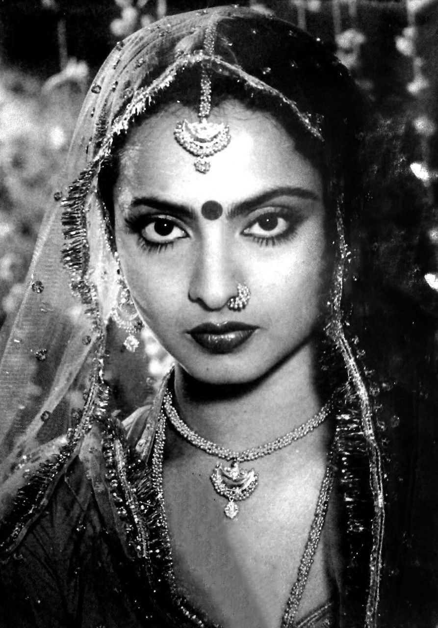 Rekha Old Bollywood Actress - Nude Porn-3946