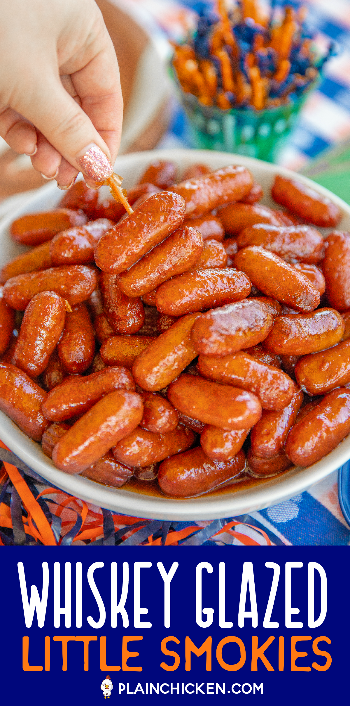 Whiskey Glazed Little Smokies So Easy To Make And Pack A Ton Of Flavor Only 6 Ingredients Lit L Smokies Ketchup Whiskey Glaze Appetizer Recipes Recipes