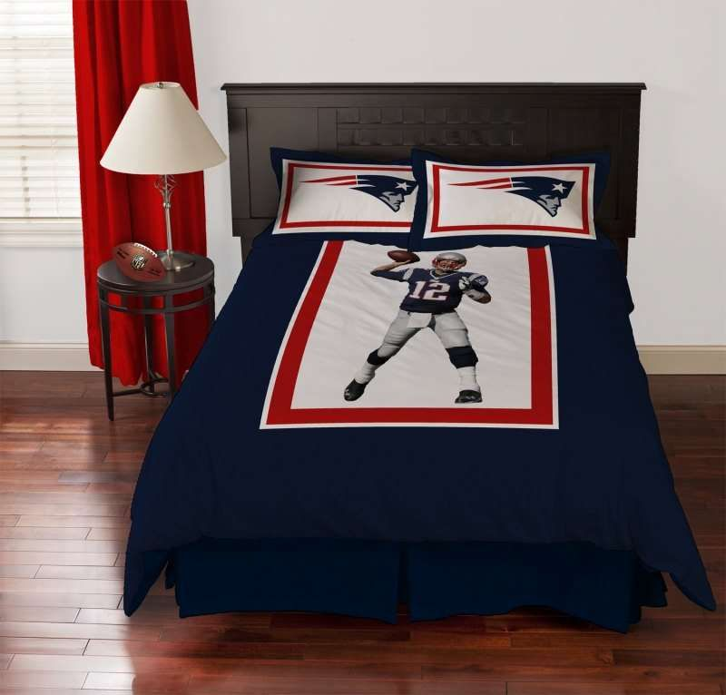 New England Patriots Tom Brady Biggshots Comforter Set 158 99 From Www Bedding Com Ne Patriots Tombra Bed Comforter Sets Comforter Sets Full Comforter Sets