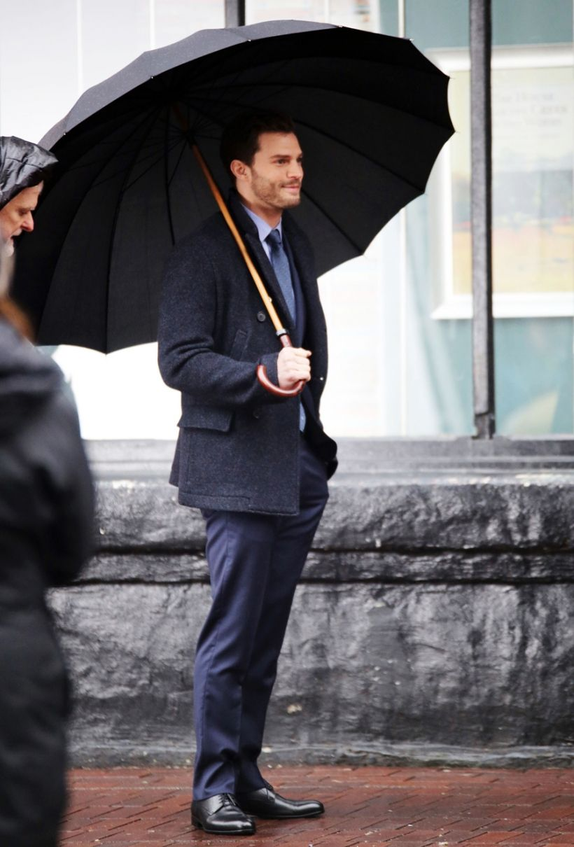 Jamie Dornan And Dakota Johnson Make On The Set Of 'Fifty Shades Darker' - Socialite Life