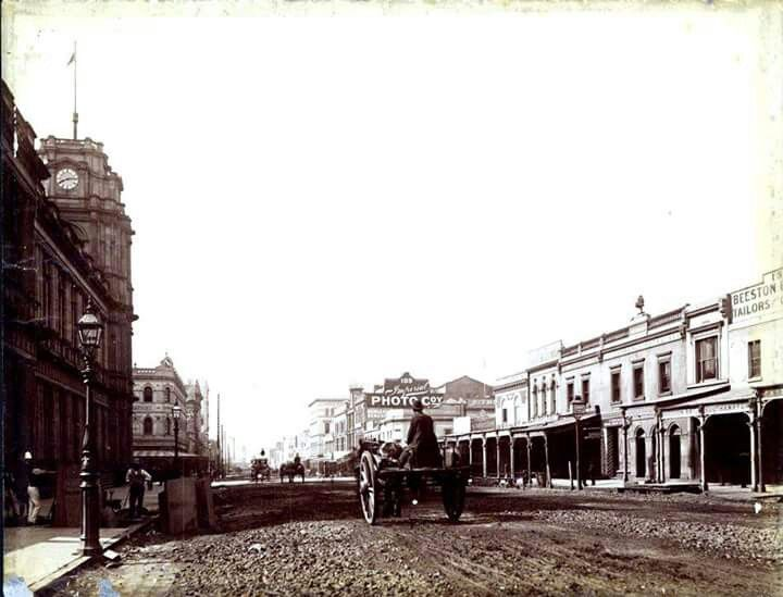 Elizabeth Street looking south Melbourne in Victoria in 1886.