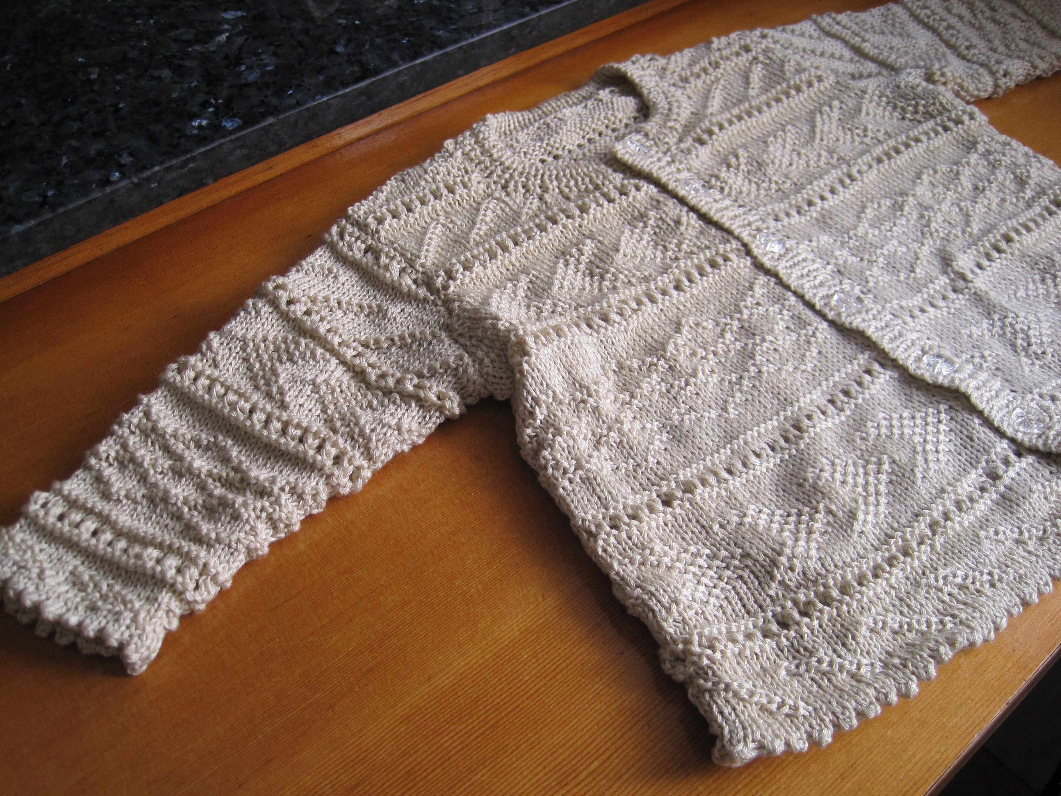 Chaqueta tricotada en perle para niño