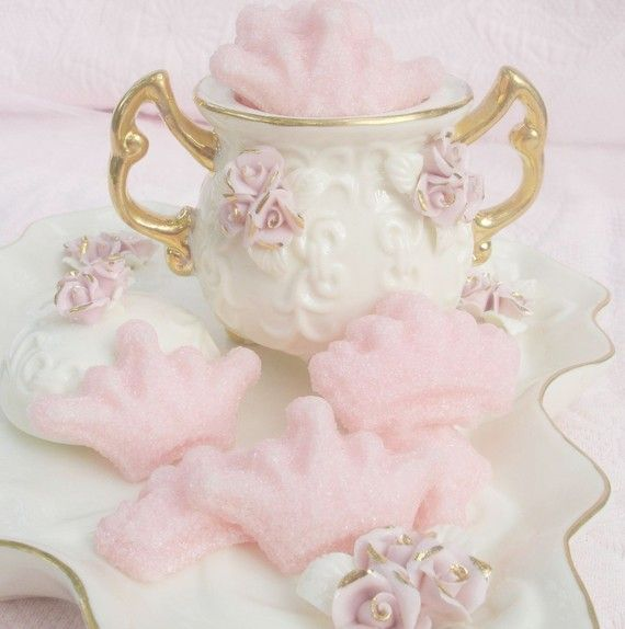 Pink Crown Molded Sugars by lechicbakeryboutique