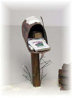 CF Miniature Retro Postbox Craft Dollhouse Decor Garden Fairy Ornament Flower P