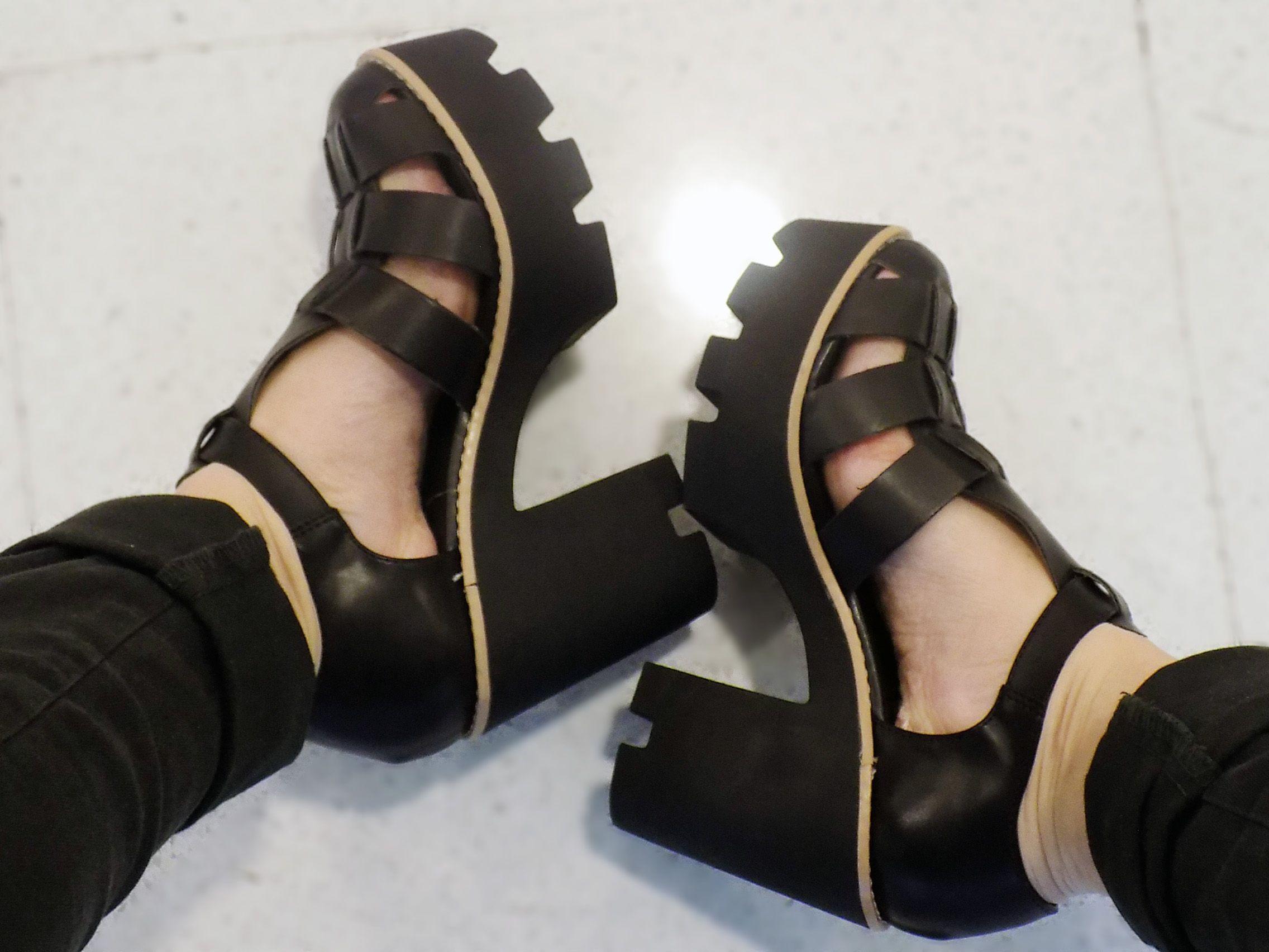37b6db161f Minha sandália com salto tratorado - Mundial Calçados