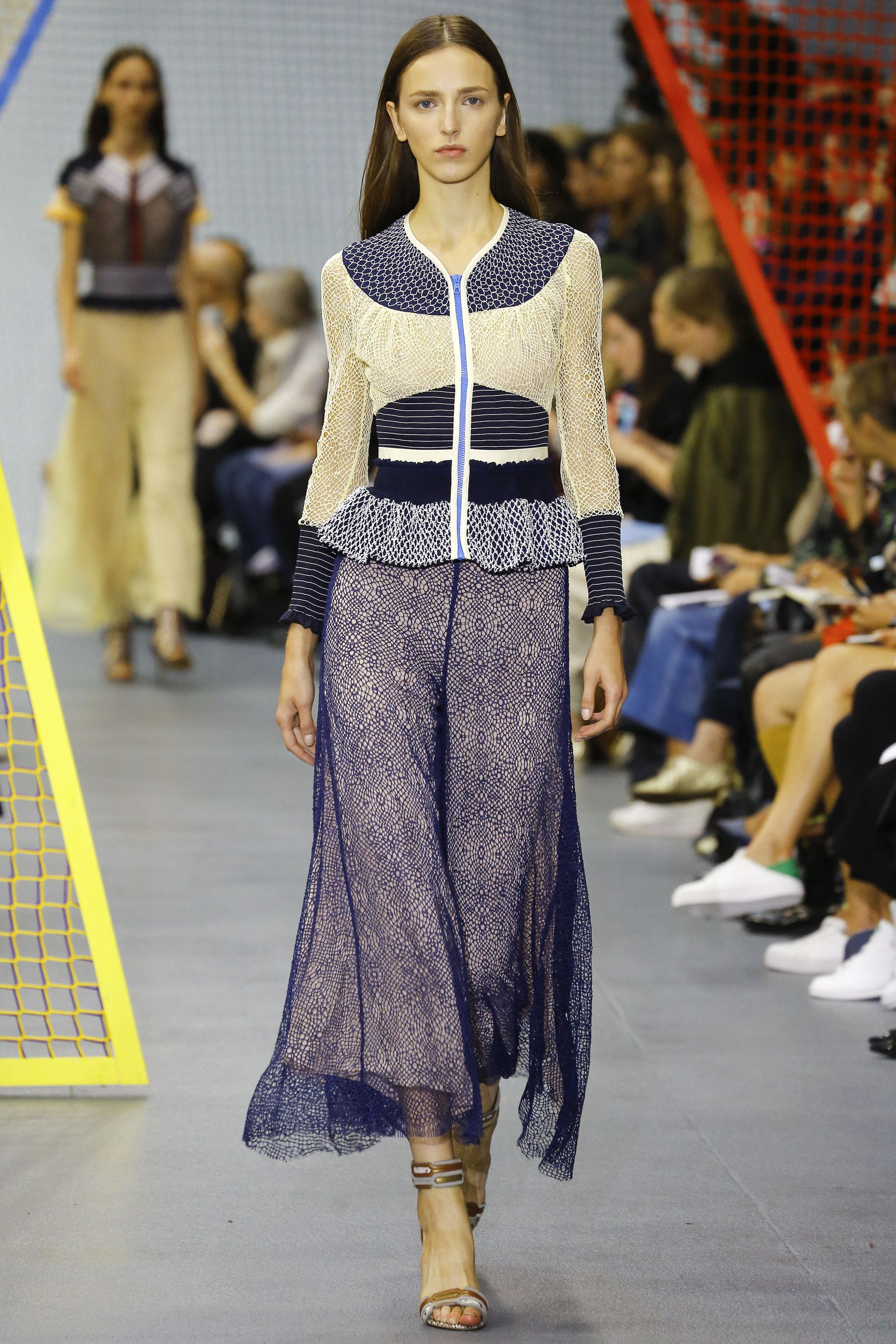 See the complete Peter Pilotto Spring 2016 Ready-to-Wear collection.