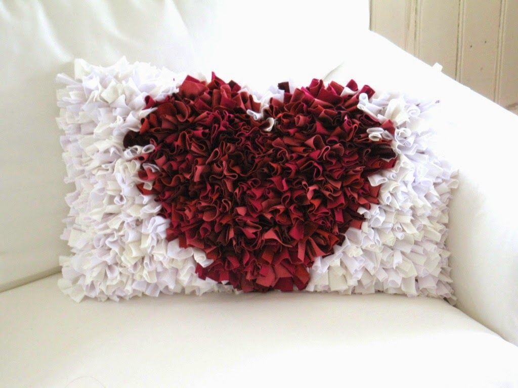 sandra 39 s samos diy fetzenkissen kissen. Black Bedroom Furniture Sets. Home Design Ideas