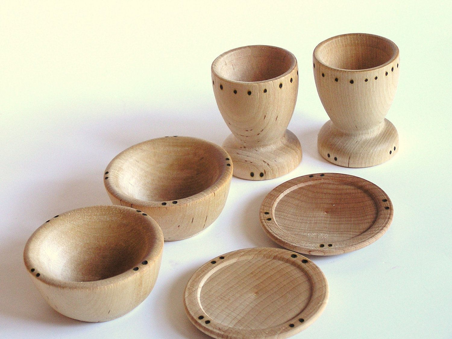 Natural Wood Toy Dishes Cups Plates