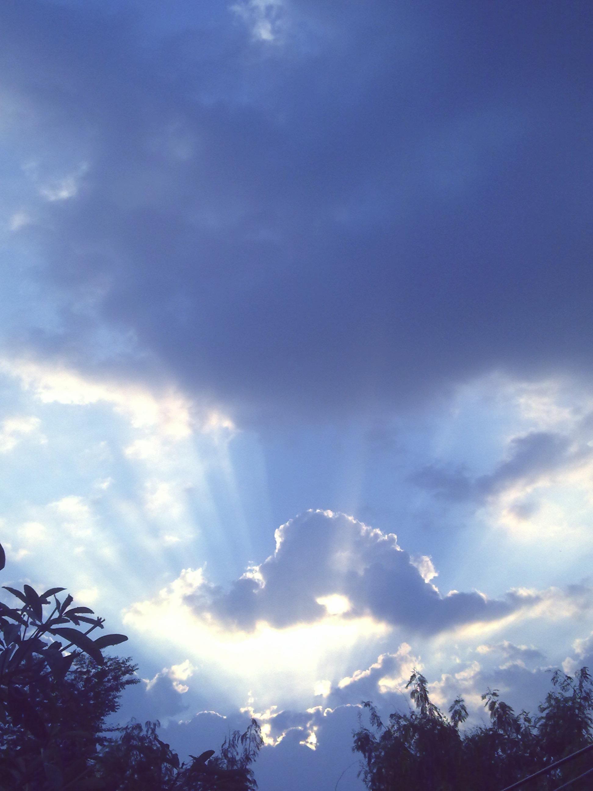 ปักพินโดย manao patcharapee ใน ☁ Cloud & sky