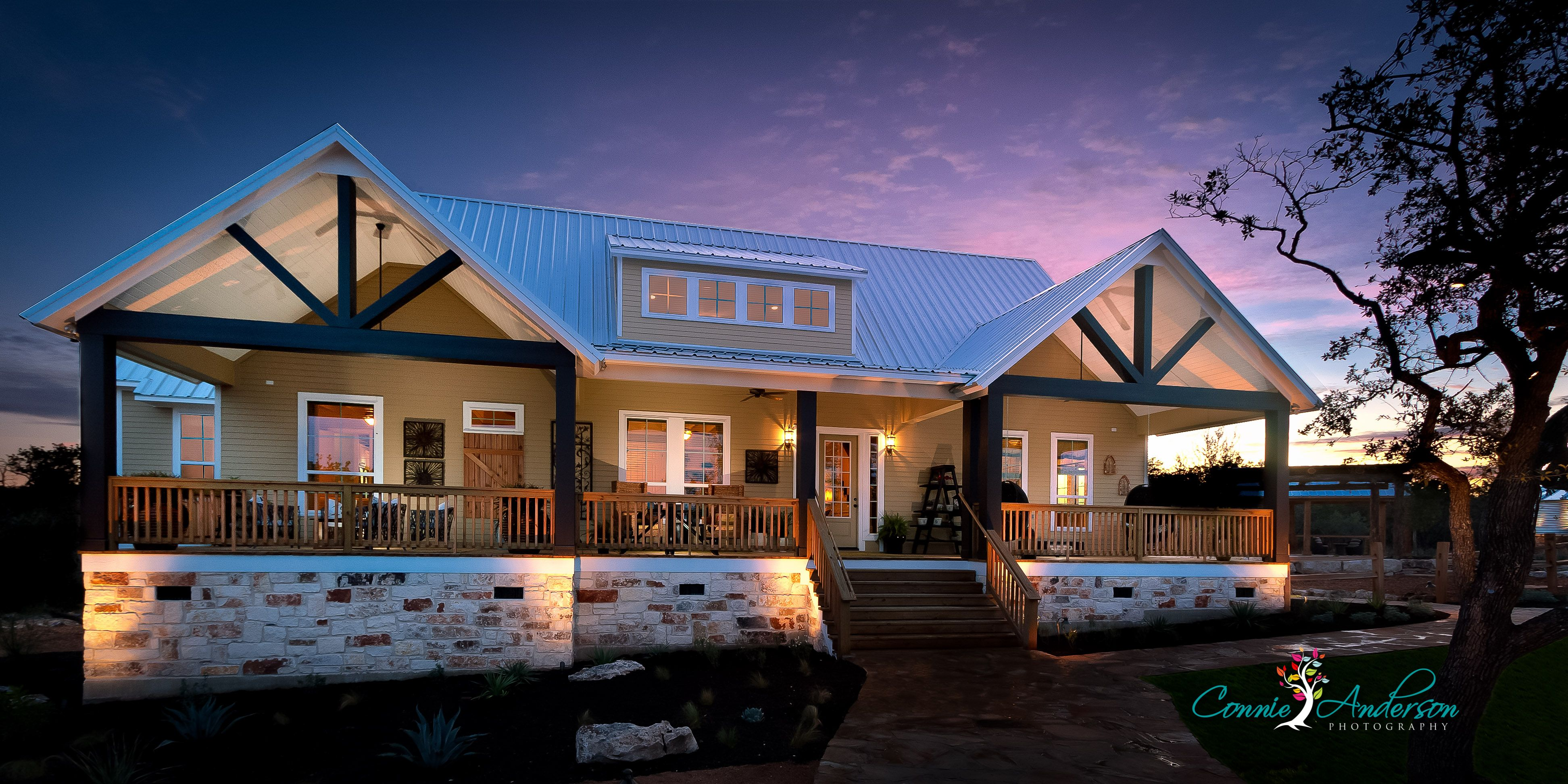Texas casual cottage trendmaker homes wimberly tx for Texas cottage