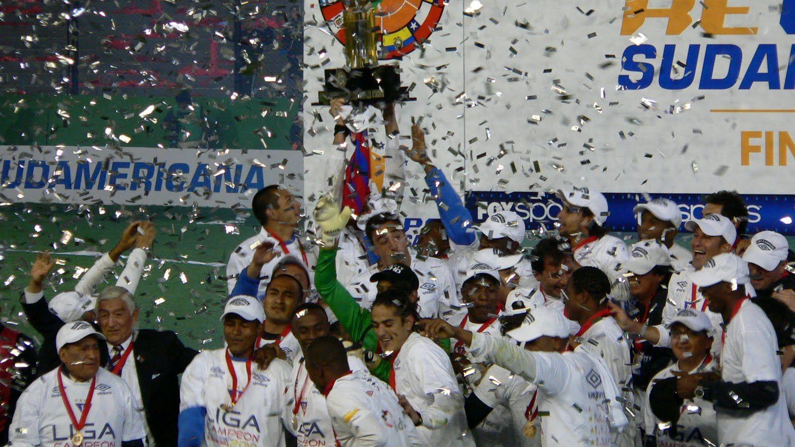 LIGA Campeón ReCopa Sudamericana 2010 http://www.1703866 ...