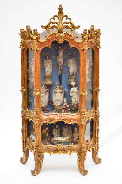 Magnifico Oratorio Lapinha Em Madeira Policromada E Dourada Com