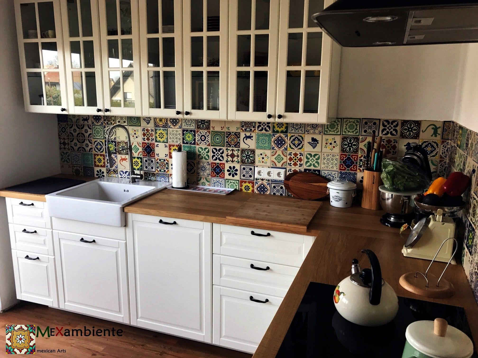 Pin Von Stefanie Kodde Auf Haus Inspiration In 2020 Mexikanische Fliesen Wandfliesen Kuche Fliesenspiegel