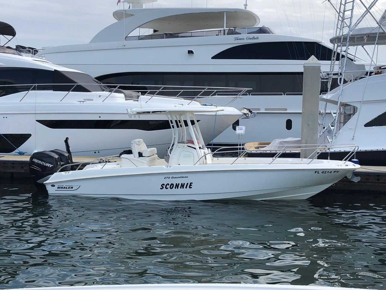 2014 Used Boston Whaler 270 Dauntless (With images
