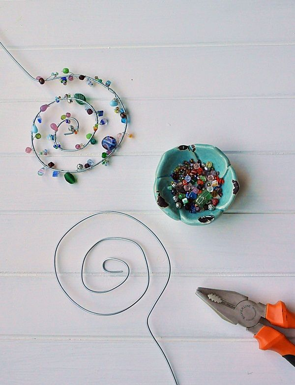 Photo of Make flower plugs out of wire and pearls yourself – Smilla's feeling of wellbeing