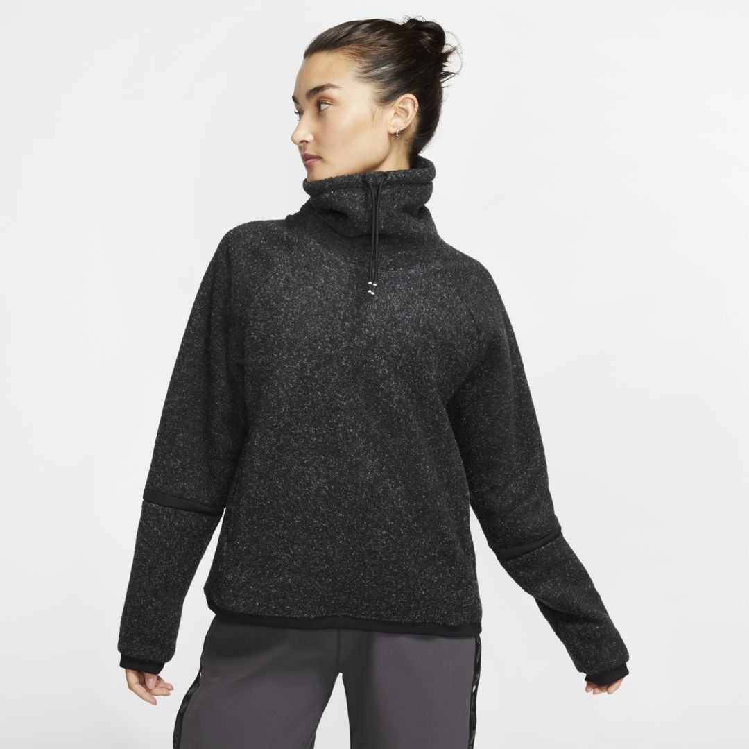 Nike Therma Women's Long-Sleeve Fleece Training Top. Nike.com #niketops