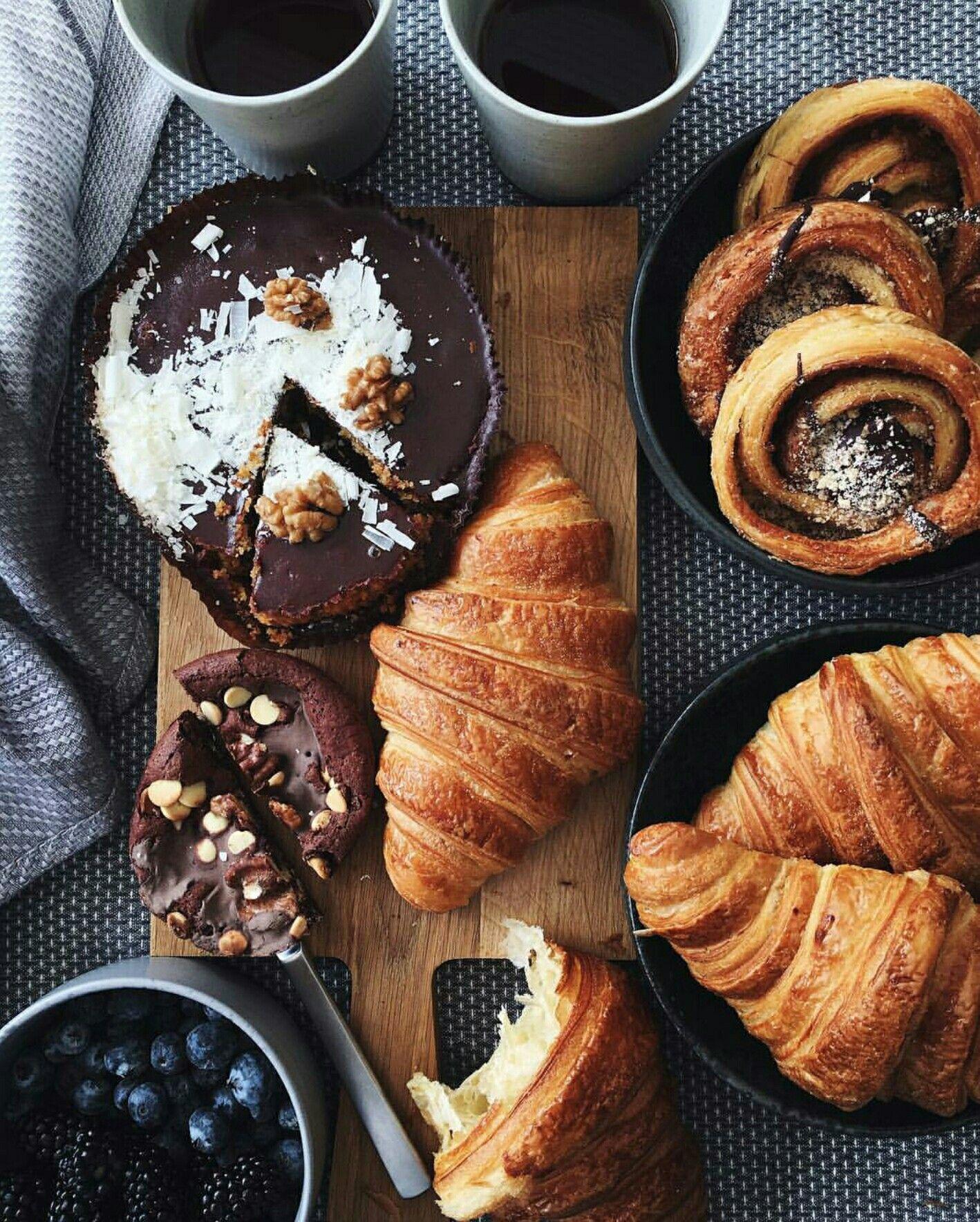 Assez c r o i s s a n t s * | Sinful delights | Pinterest | Petit  RH74