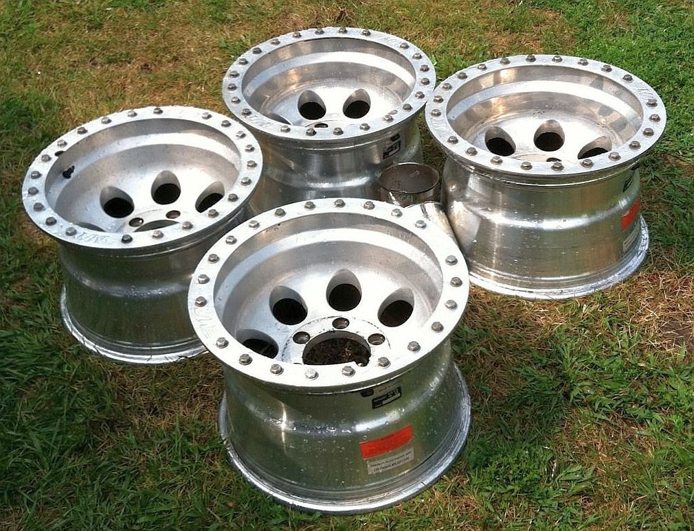 Mickey Thompson Wheels Pre Owned 15 Inch 6 Lug Chevy 4x4 Off Road