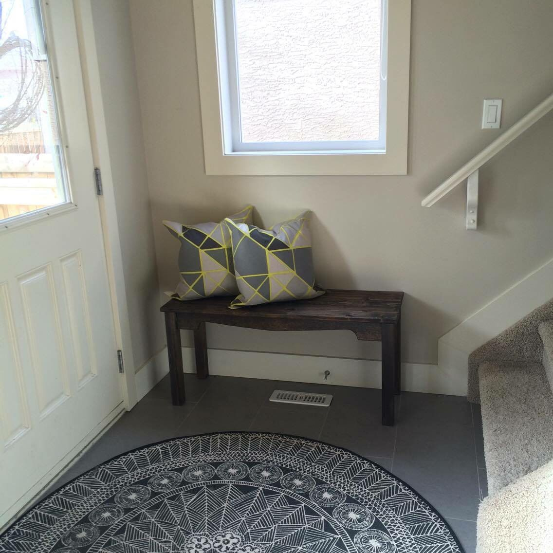 This handmade bench looks perfect in its new entryway :)  ~The Decor Vault~ www.facebook.com/thedecorvault