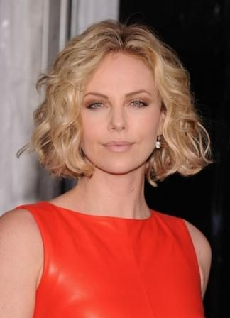 Short Hair No Bangs Wavy Haircuts In 2019 Curly Bob Hairstyles
