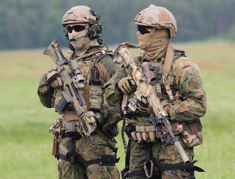 Einsatzkraefte On Instagram Kommando Spezialkrafte Ksk Germany German Military Bundeswehr Bw Ksk In 2020 Military Combat Military Soldiers Military Forces