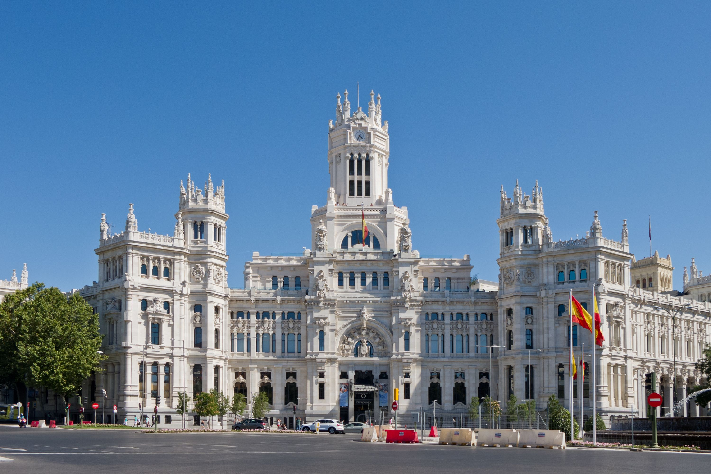 Cibele S Palace City Hall Of Madrid Cultural Centre Of Capital And Iconic Monument Of The City You Should Take A Vacatio Madrid City Madrid Spain Spain Tour