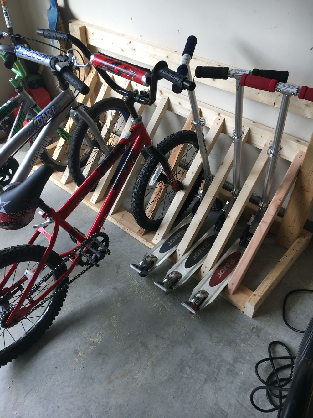 Bike Rack Made From Scrap 2x4s Diy Bike Rack Bike Rack Garage