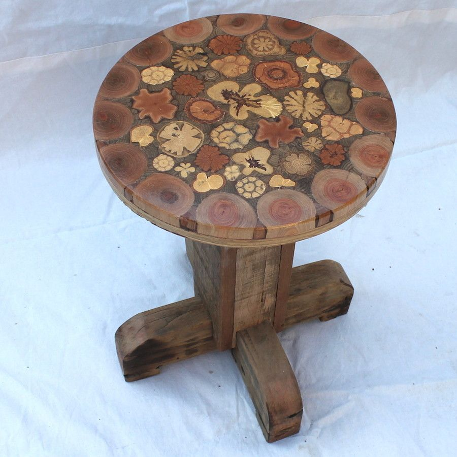 Banqueta rústica em madeira de demolição, assento com ...
