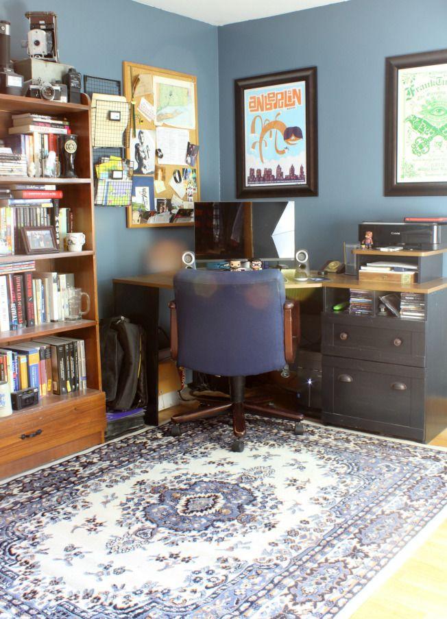 Smokey Blue Bedroom: Describe The Color