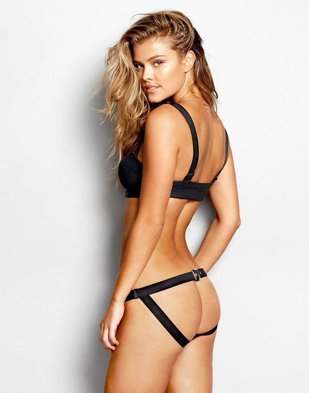Hot Nina Agdal naked (64 foto and video), Sexy, Is a cute, Twitter, underwear 2006
