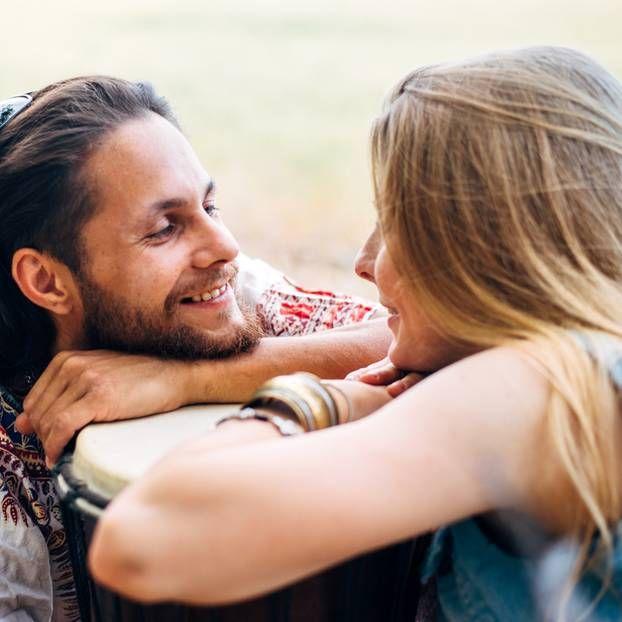 5 Komplimente von Männern - und was sie WIRKLICH bedeuten