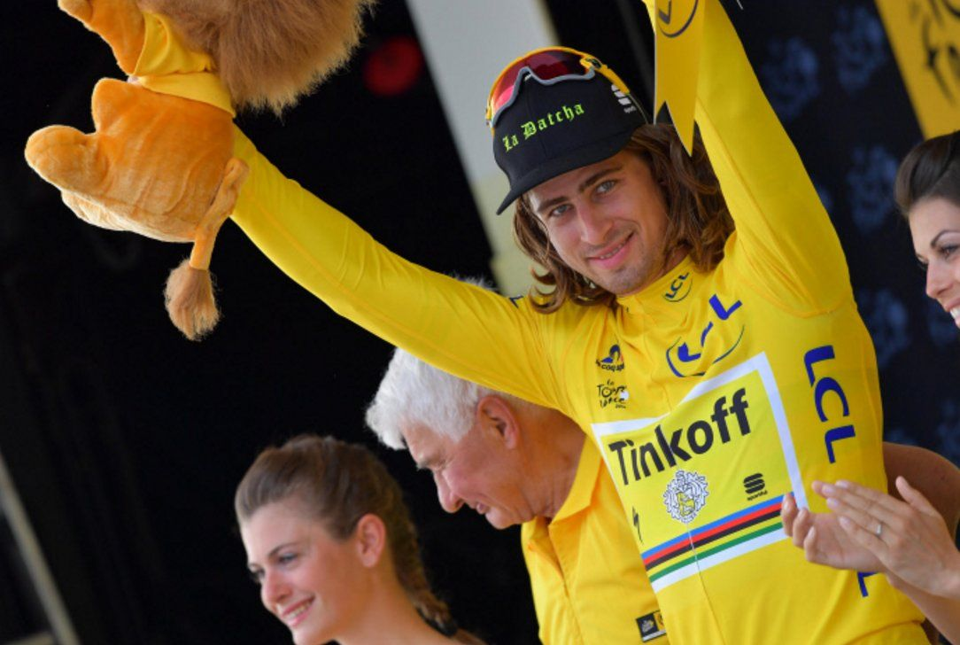 Le Tour de France @LeTour pic.twitter.com/UBdOESjZUV .@petosagan is the 1st Slovak who has worn the #YellowJersey. #TDFrestday