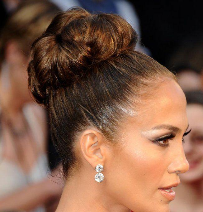 Mariage  15 coiffures de stars pour inspirer une future mariée  Le chignon  massif de Jennifer Lopez , Beauté Plurielles.fr