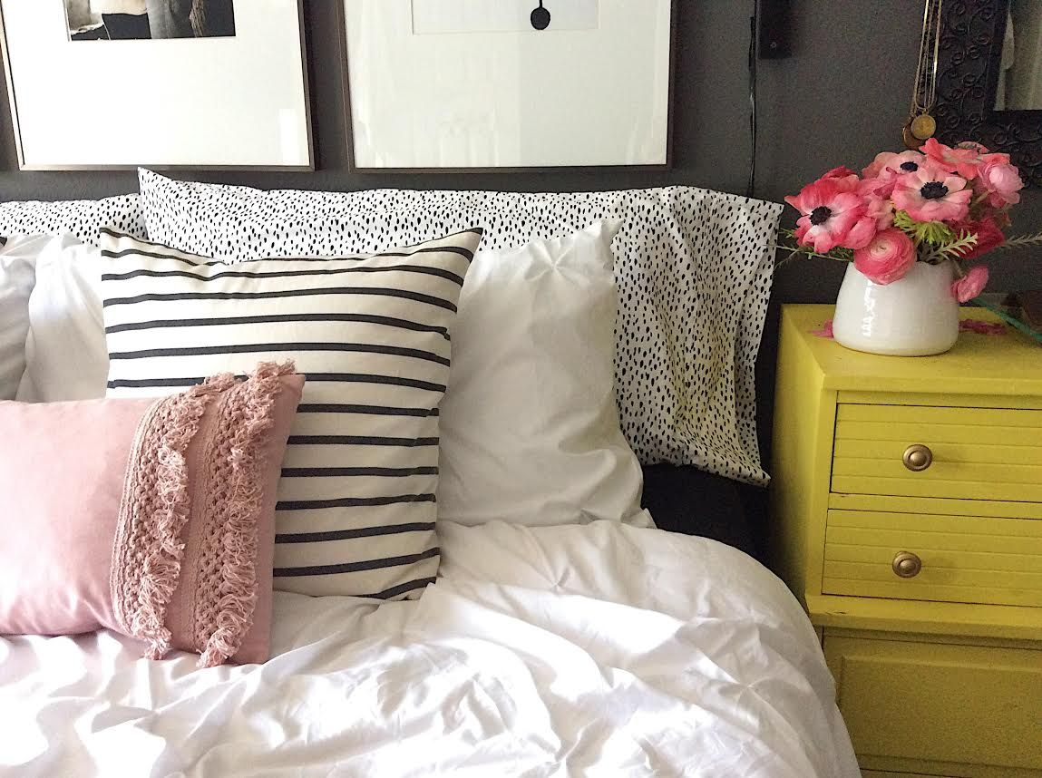 how to layer your bed like a pro Bed styling, Bed