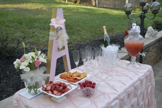 table for drinks and fruits