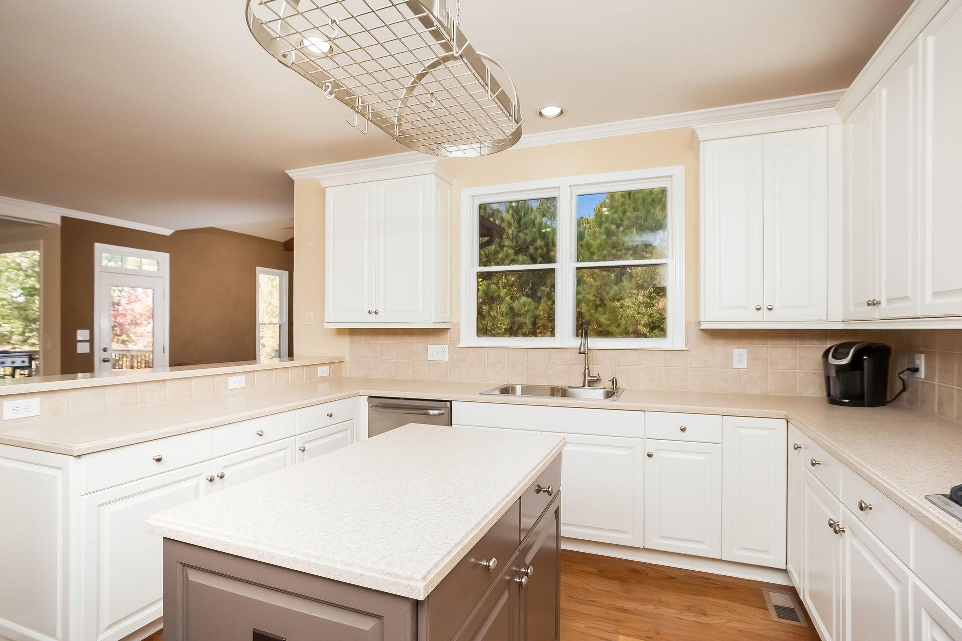 514 Lombard Street Marietta Ga 30064 514 Lombard Street Marietta Ga 30064 Lombard Street Kitchen Cabinets Estate Homes