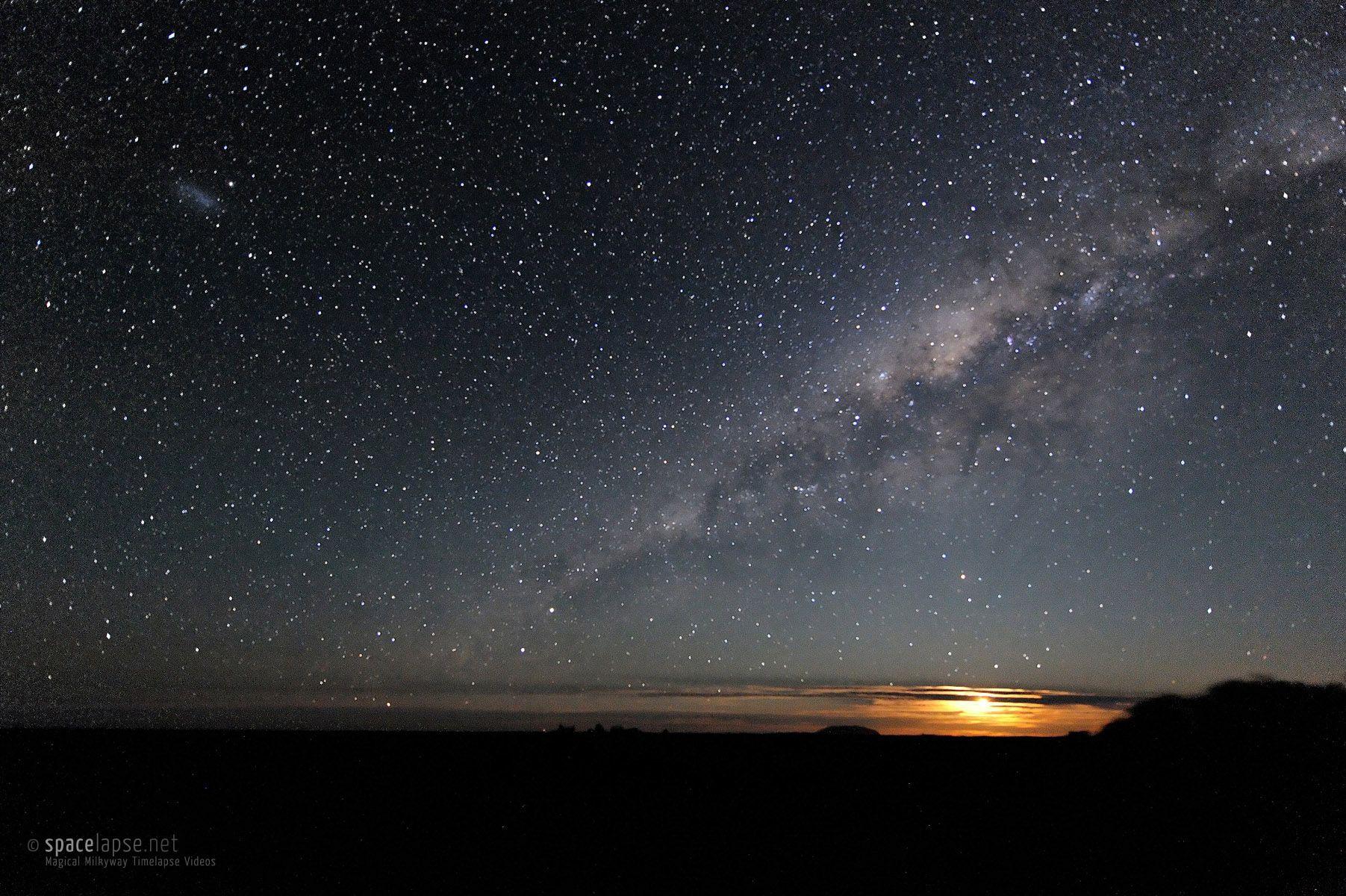 Monduntergang am Uluru (Ayers Rock)