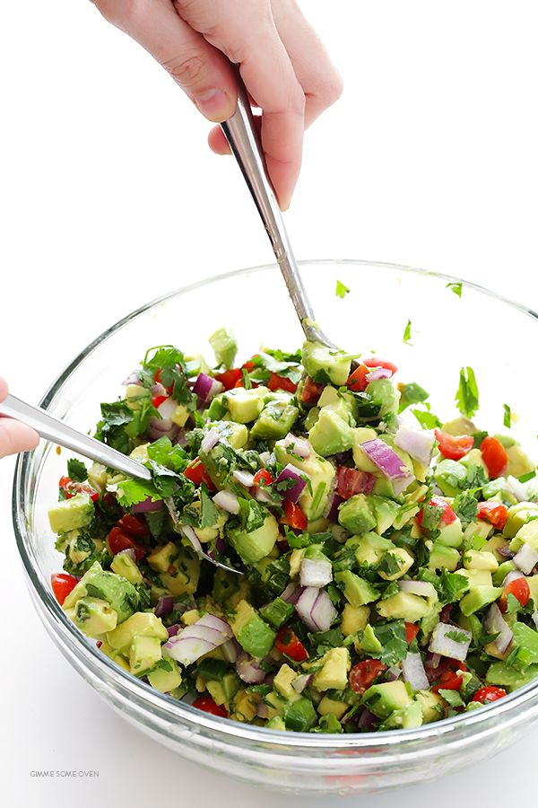 Chunky Guacamole Recipe   Gimme Some Oven