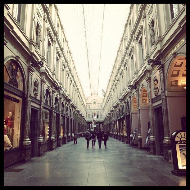 Galeries Royales Saint Hubert Koninklijke Sint Hubertusgalerijen Saint Hubert Breathtaking Places Places To Visit