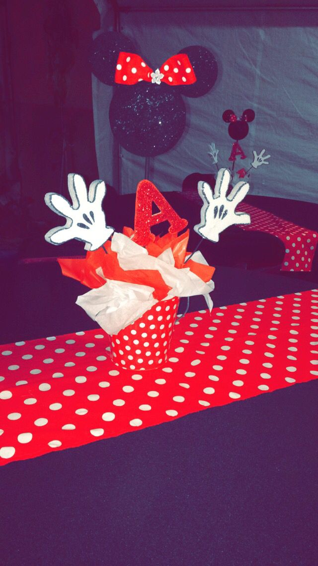 Anahi's center pieces made by sister